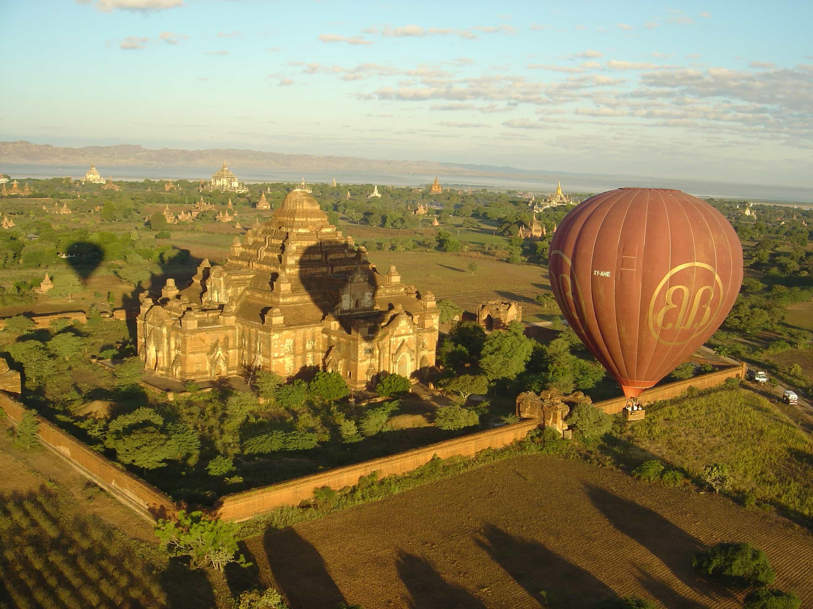 Angkor Wat Hot Air Balloon Experience in Siem Reap