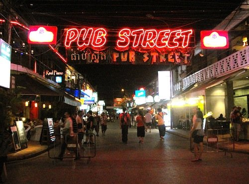 Hotels Close To Pub Street Siem Reap