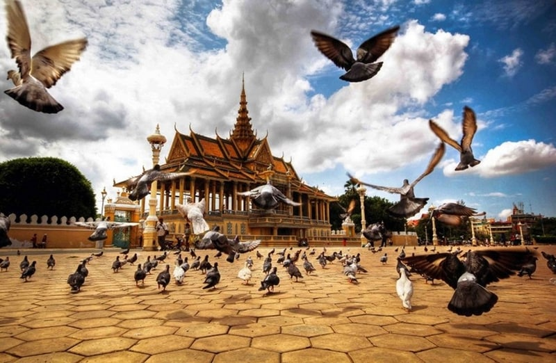 Must See Attractions Phnom Penh