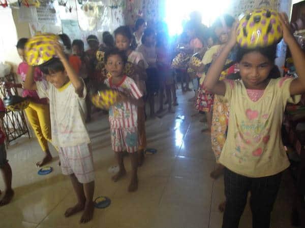 Kids Crash Helmets for Poor Schools – CBC & Mad Monkey