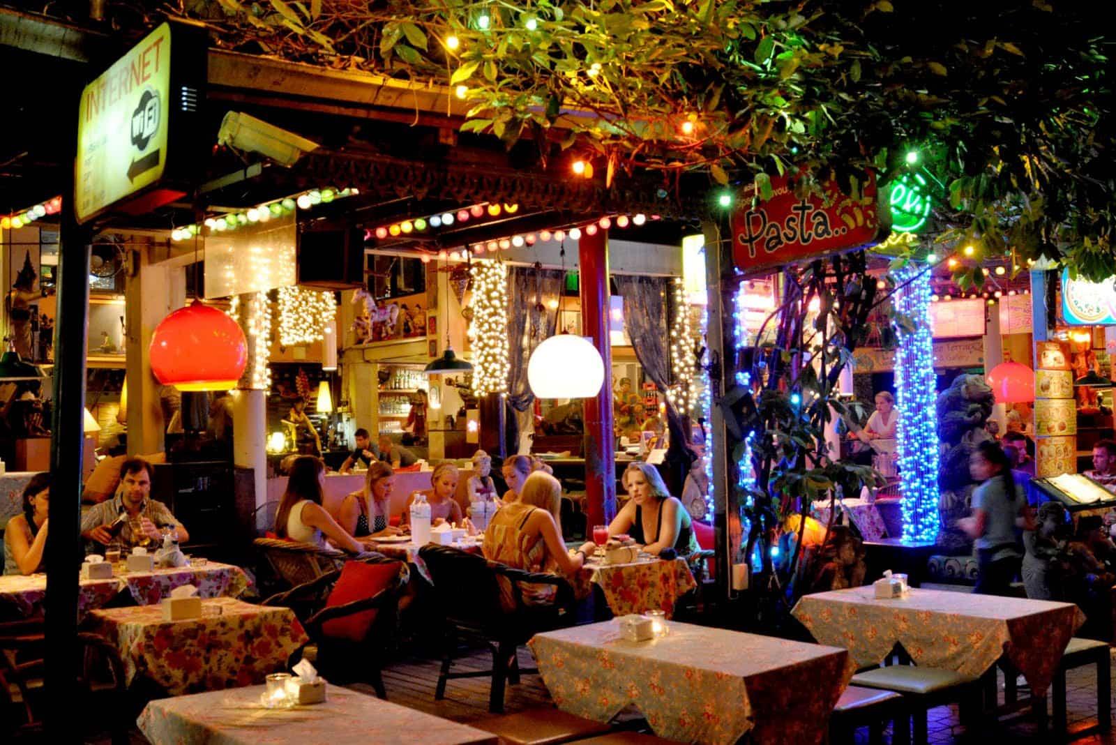 Best Backpacker Bars in Bangkok