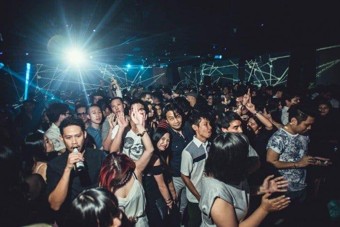 Bangkok Nightlife : A backpackers guide to Bangkok nightlife