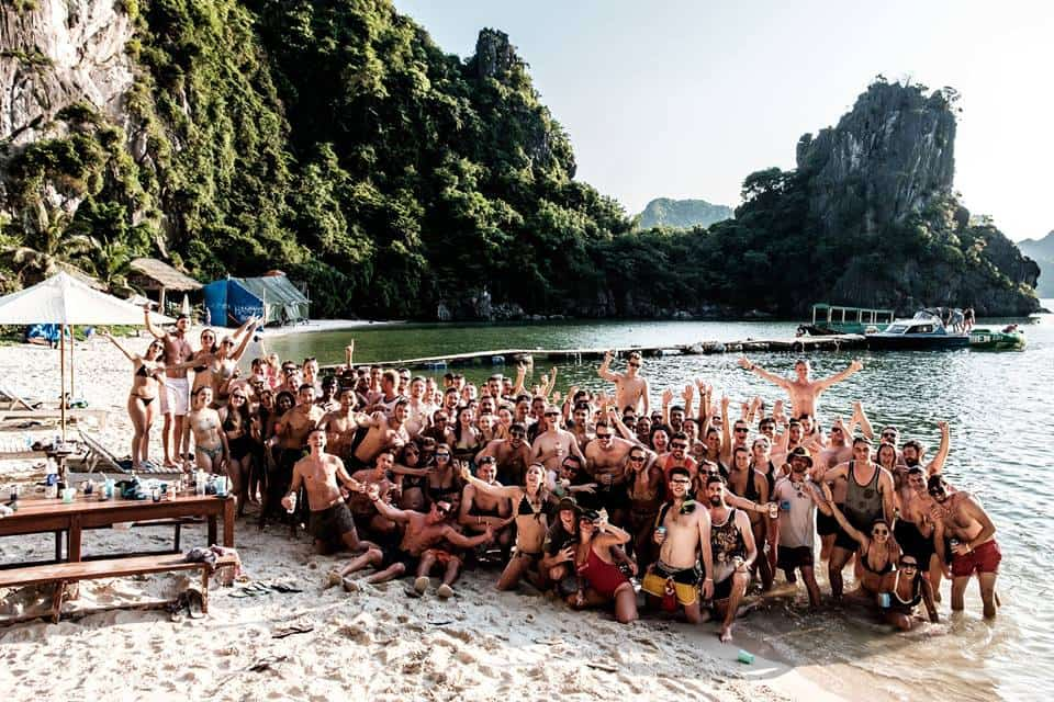 The Best Cheap Asia Tours For Backpackers: Essential Info & Tour Itineraries