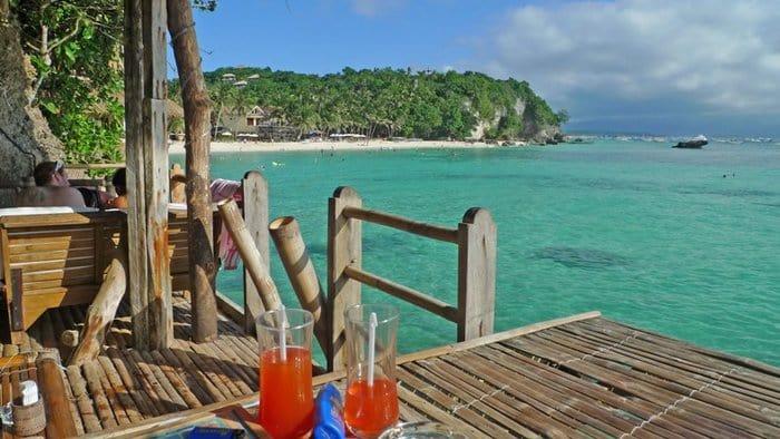 Boracay Restaurants - Spider House - Best Restaurants In Boracay 2017