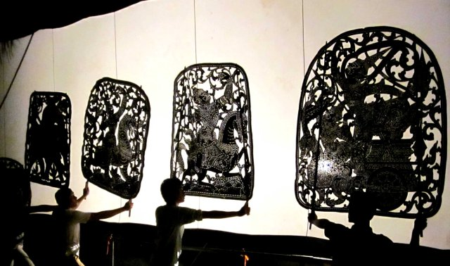 Cambodian Circus - Wat Bo Shadow Puppetry Troupe