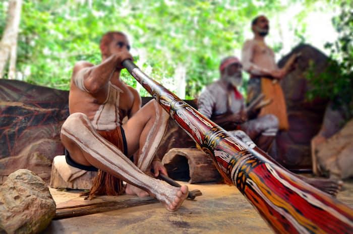 Australian culture customs etiquette everything you need to know australian culture didgeridoo m4hsunfo