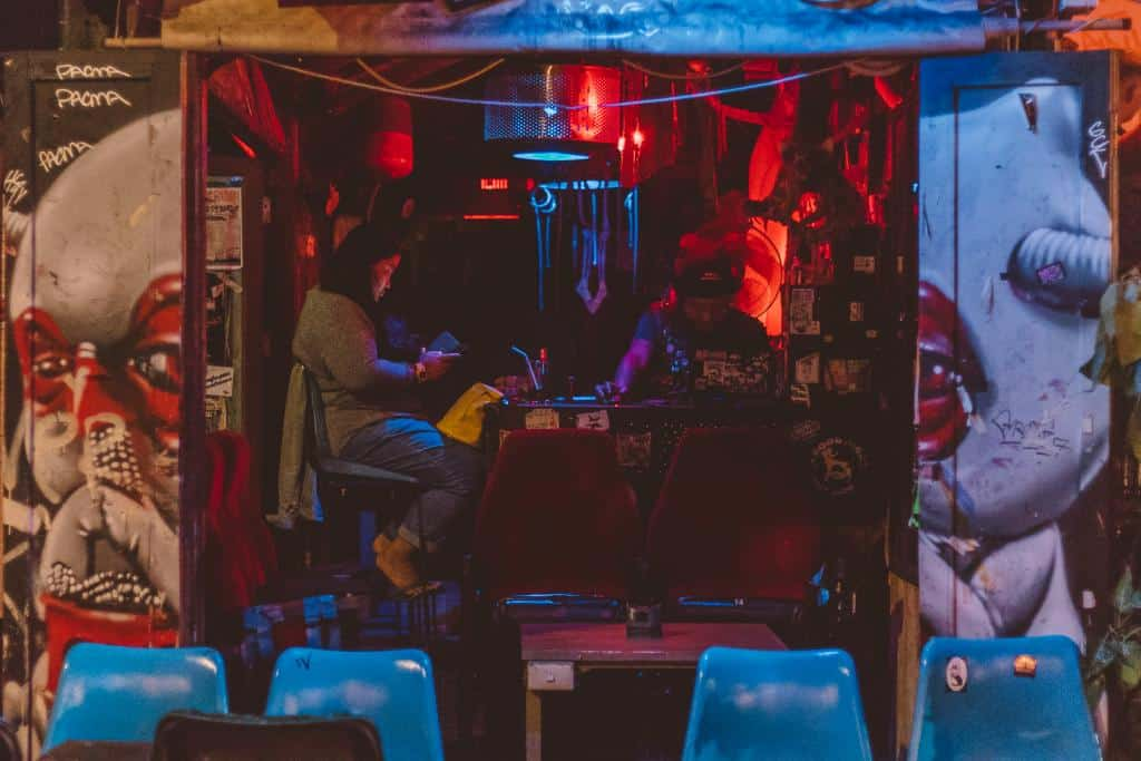 To Have a Good Night Out and Discover Pai's Nightlife