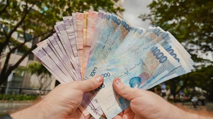 Filipino Pesos © Courtesy of Shutterstock
