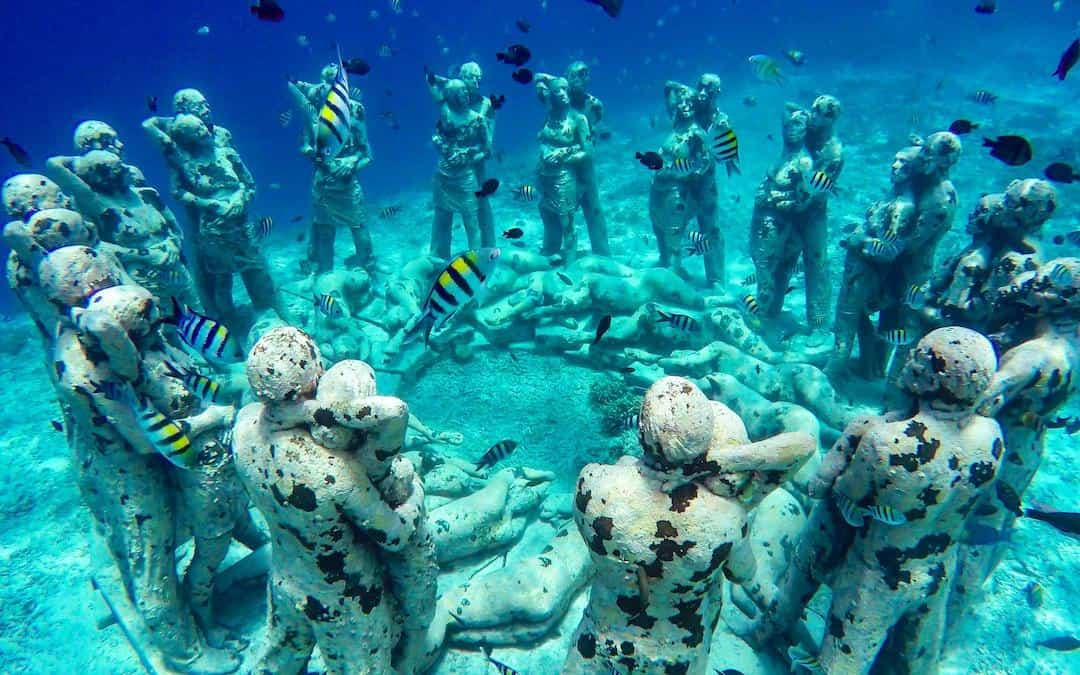 Gili Meno Statues: A Guide to the Underwater Statues in Indonesia