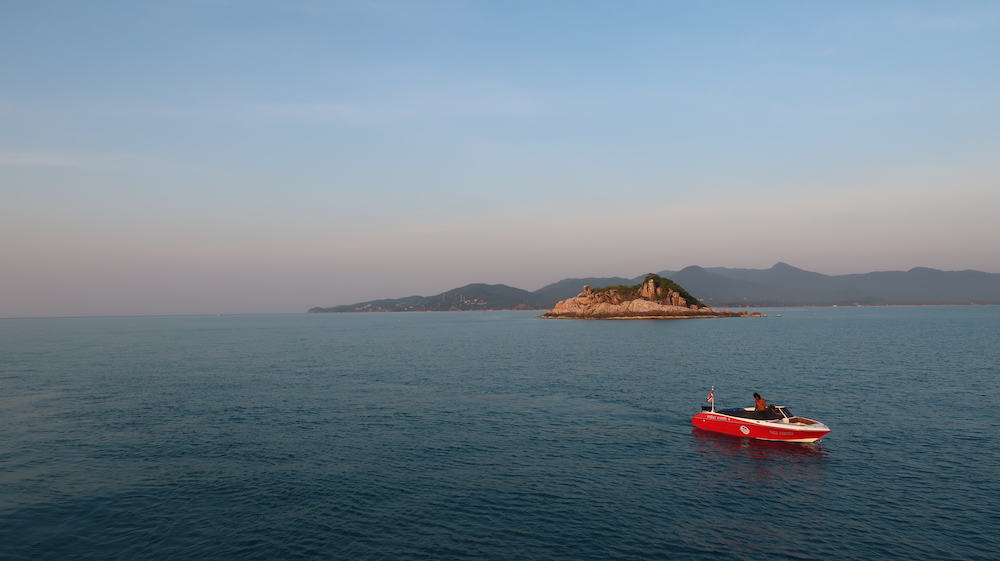 Beautiful scenery during the Koh Phangan snorkeling and boat cruise. © Mad Monkey Hostels